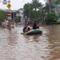Kondisi Banjir di Jalan Panjang dekat Graha Kedoya - 20 Januari 2014 - Pkl. 18.00