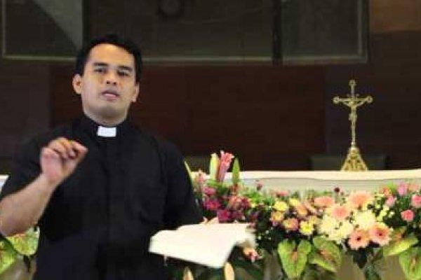 Sabtu, 22 Februari 2014, Pesta Takhta Santo Petrus, Rasul