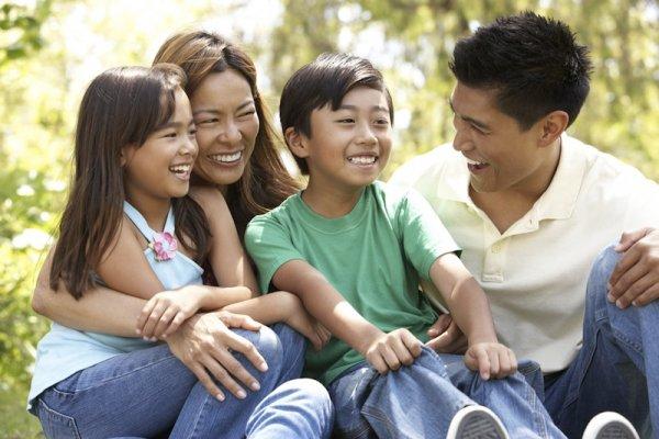 Surat untuk Keluarga-Keluarga Kristiani (Juni 2014)