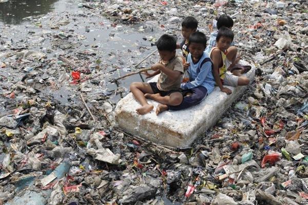 Memerdekakan Bumi, Memerdekakan Orang Miskin