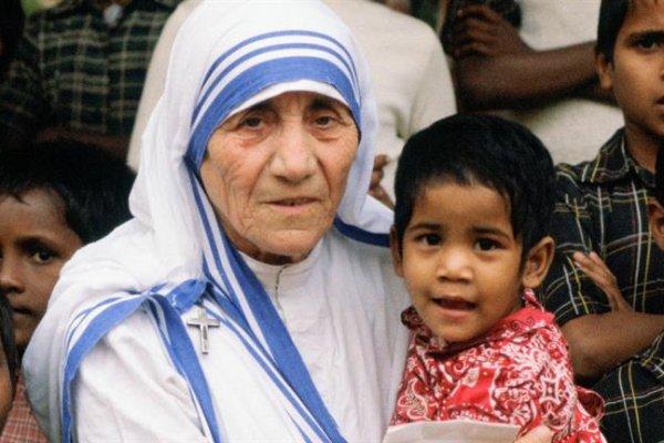 Teresa dan Orang-Orang Dekat yang Kita Buang