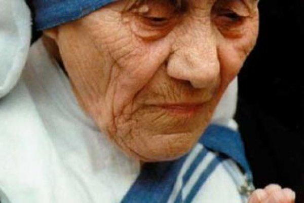 Santa Bunda Teresa dan Jalan Sederhana