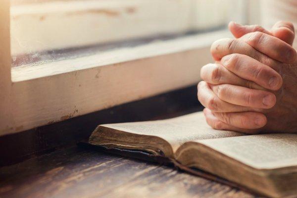 Jangan Kau Menyerah Memanggul Salibmu, Berdoalah!