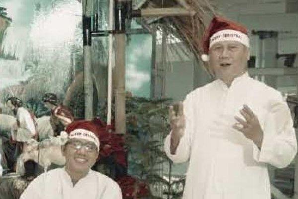 Selamat Natal dari Romo - Romo Paroki