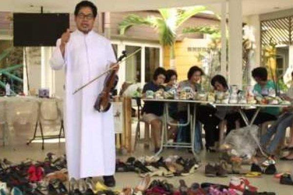 Dekorasi Daur Ulang Natal 2014, Paroki Tomang - Gereja MBK