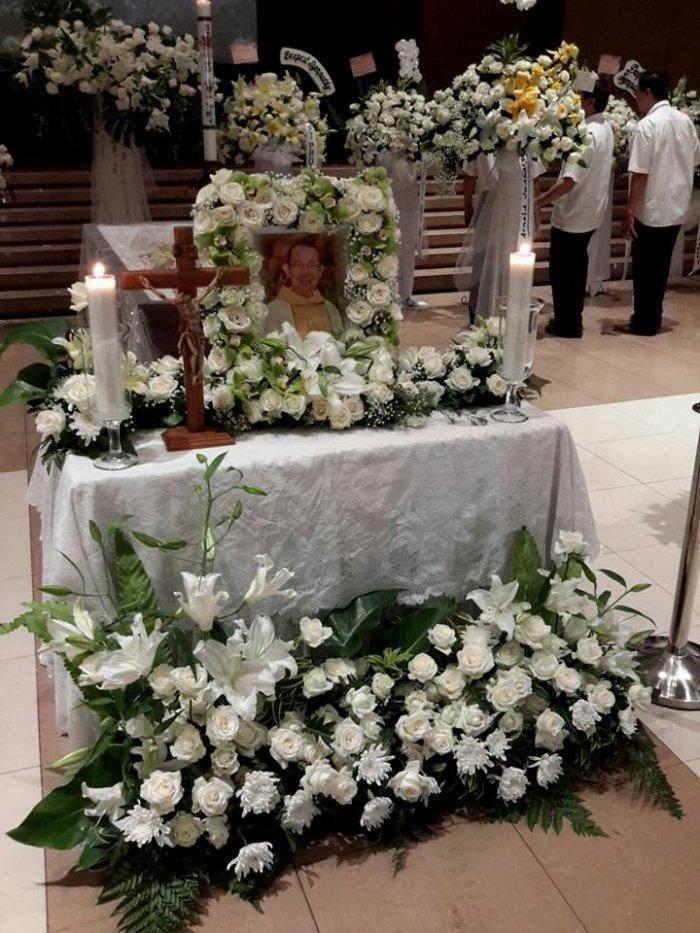 Rangkaian Upacara Penghormatan Jenazah Rm. Anton Gunawan O.Carm